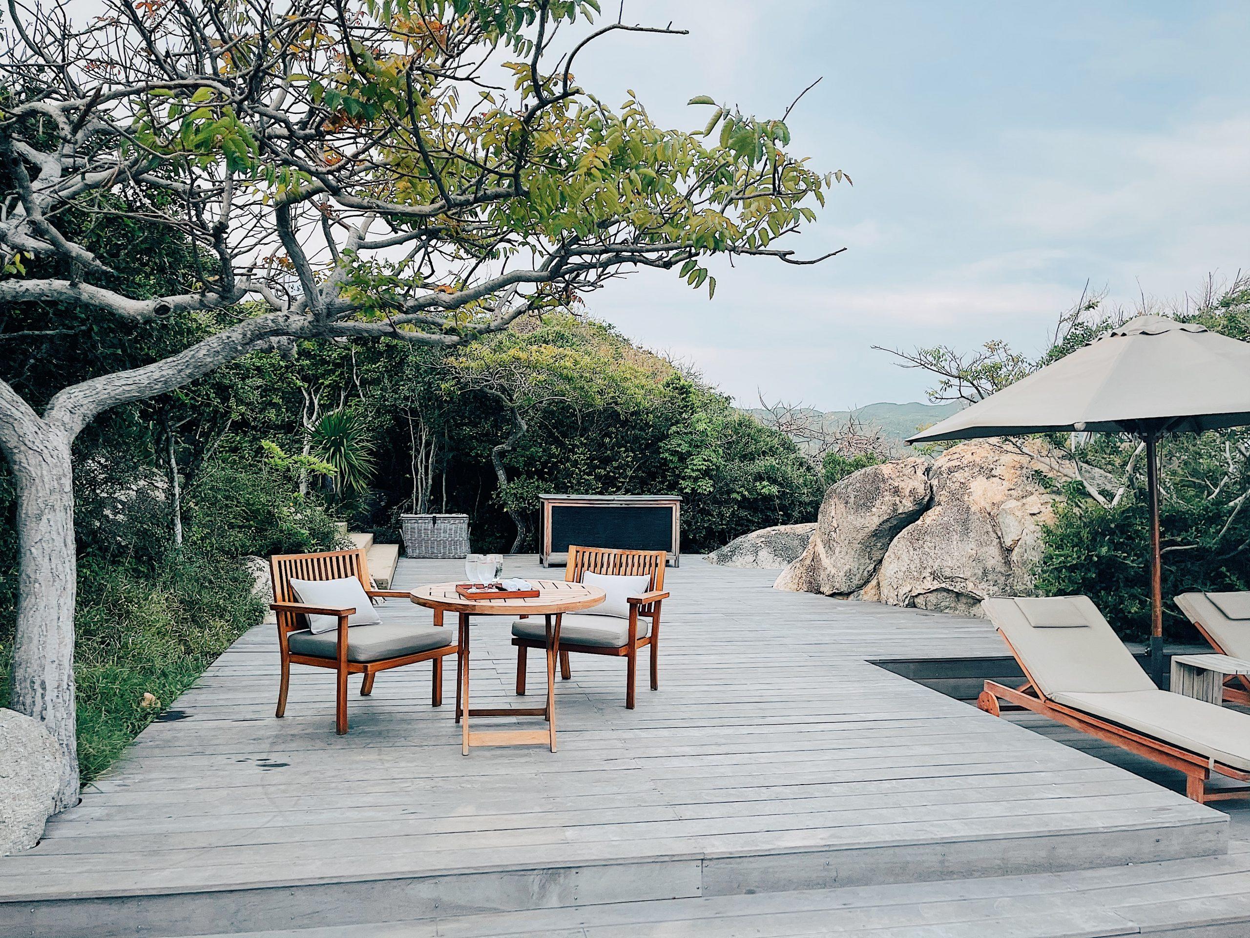 Khu vực bể bơi vô cực Amanoi